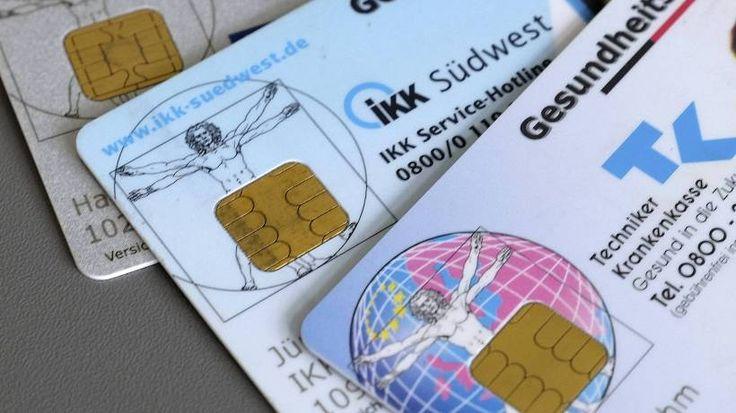 Zum 1. Oktober verlieren alte Gesundheitskarten ihre Gültigkeit. Die Umstellung hat einen Haken. Darauf müssen Versicherte achten.