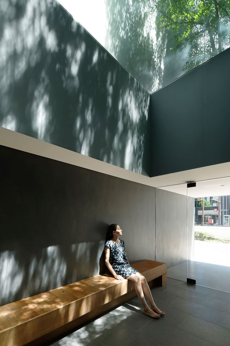 Optical Glass House by Hiroshi Nakamura & Nap. When the light hits the walls like this, you're in dreamland.
