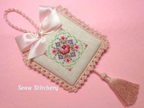 Finished-Completed-Just-Nan-Roses-Cross-Stitch-Ornament-hanger
