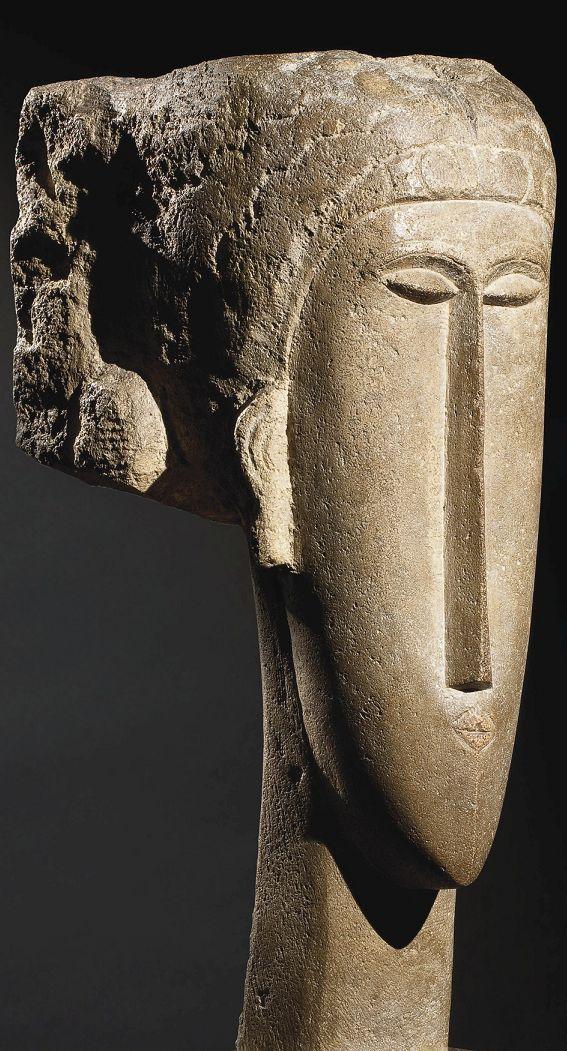 Tête limestone sculpture, 1910-12.   Amedeo Modigliani