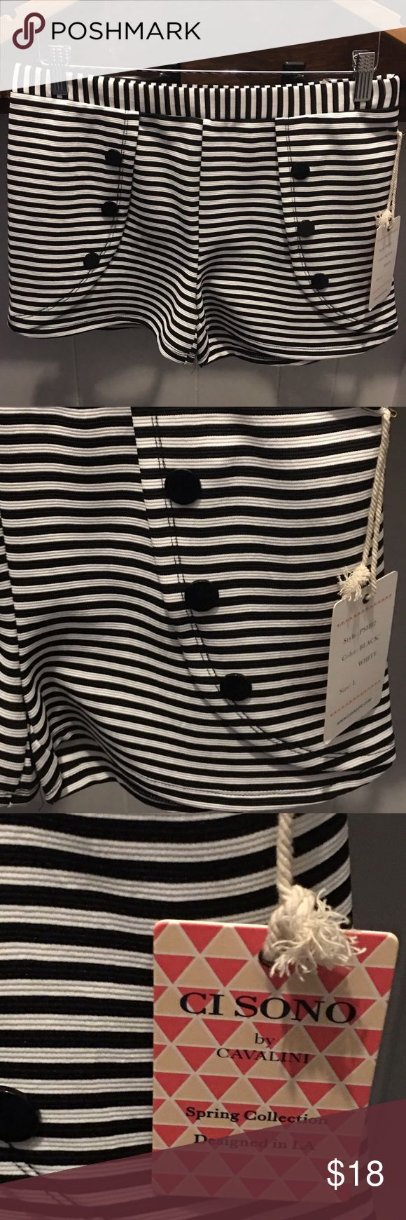 💛Black & white stripe nautical shorts size L ⚓️ Black & white stripe nautical shorts size Large brand new with tags Ci Sono Shorts