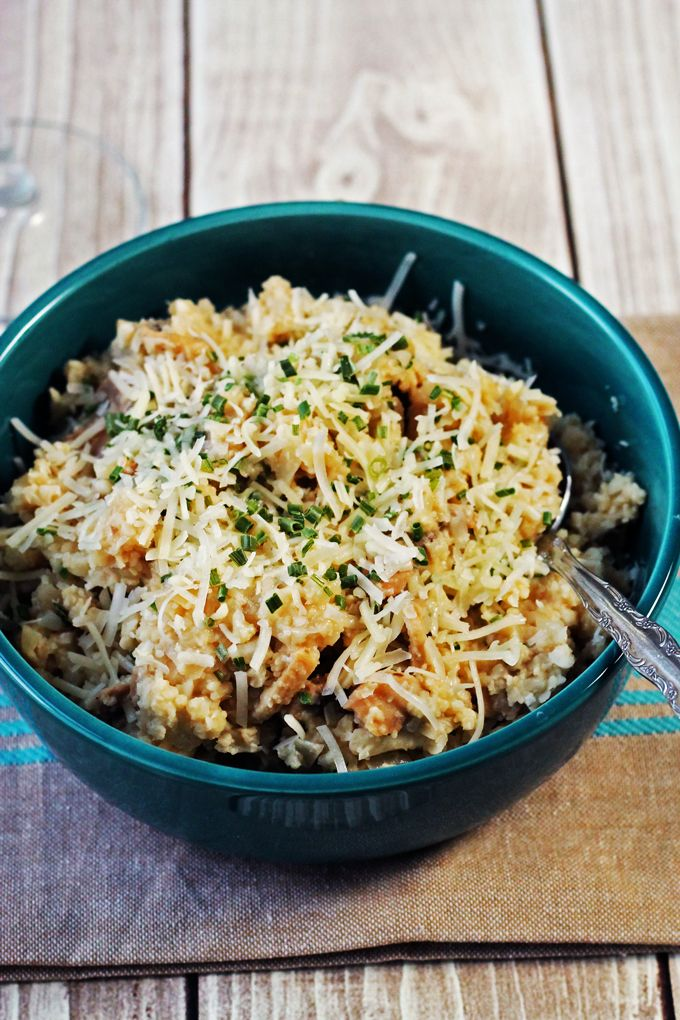 Creamy Cauliflower Risotto with Mushrooms and Truffle Oil!  What is not to like about beans,cauliflower,cheese,mushrooms,and truffle oil. This dish screams delicious!!