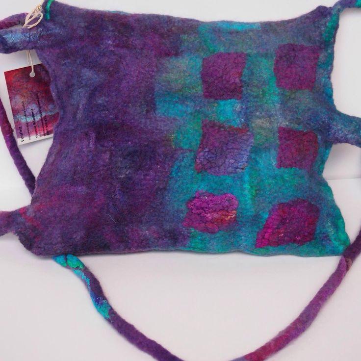 Back of felted messenger bag by VonFelt  Yvonne Roedema