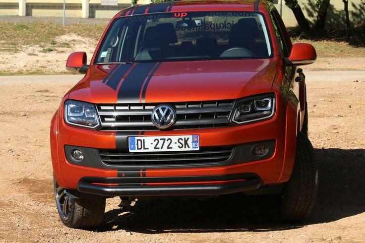 VW AMAROK CANYON - Couvre benne multi-position, tube avant noir, marche pied