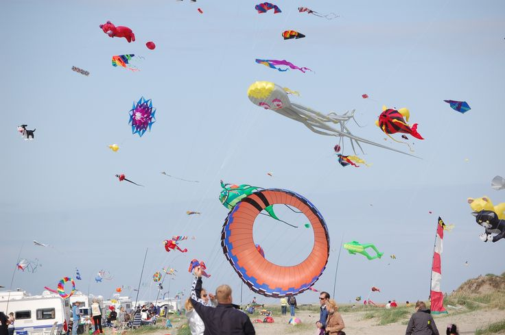 Kites on Rømø beach #rømø #kitefestival