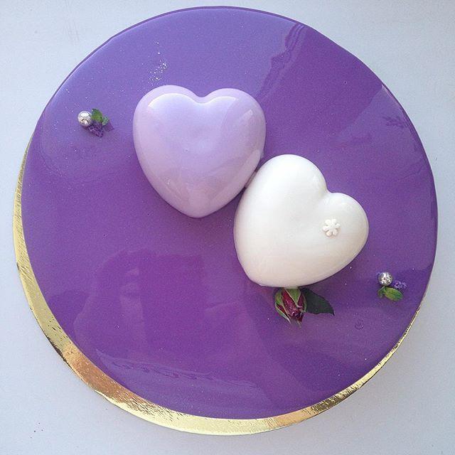 Торт на годовщину свадьбы А еще, кто интересовался свадебным, трёхъярусным муссовым тортом...ему быть✨✨✨