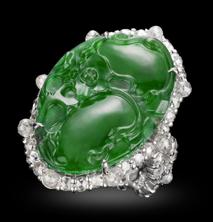 Michelle Ong. Memoirs. Carved Jade and White Diamond ring set in Platinum