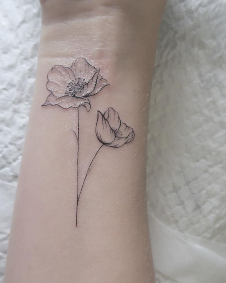 """I like it"": 487, comments: 8 – Claire Benson (Fellow Fellow.everywhere) on Insta … #Tattoos #Ale"