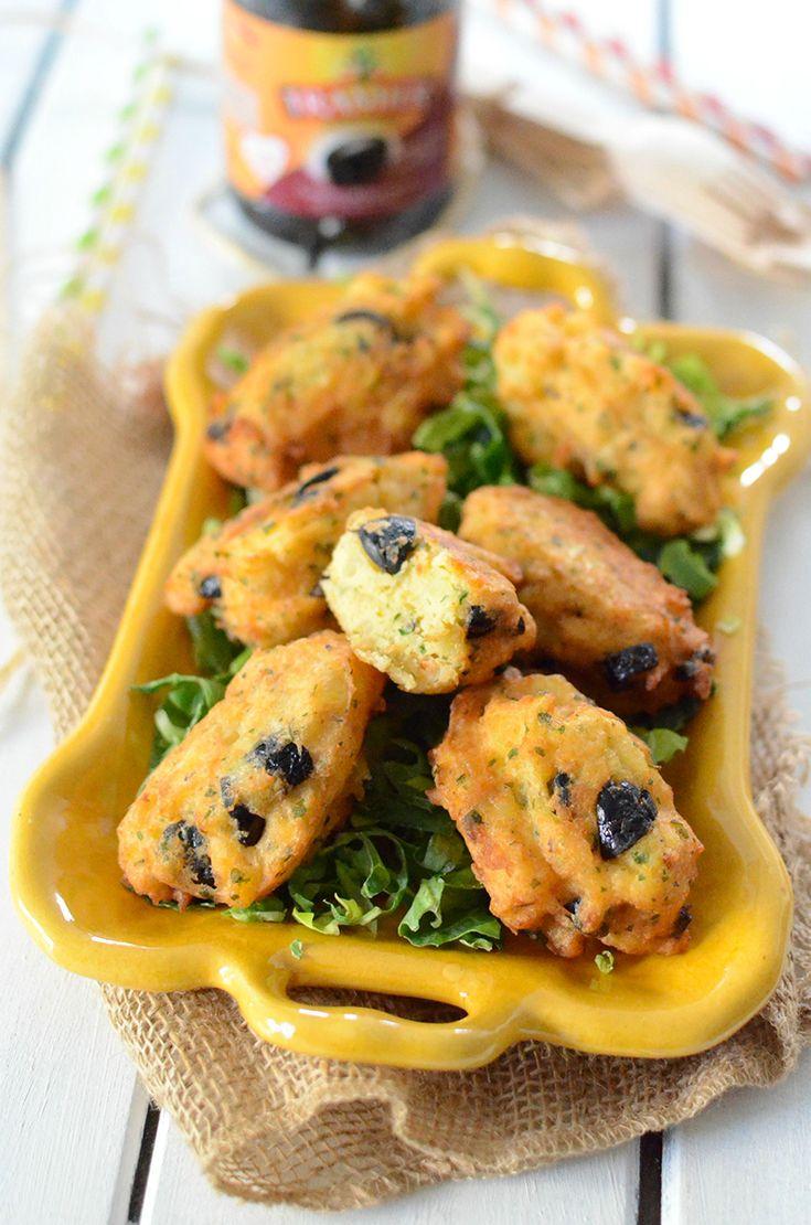 Des beignets pas comme les autres...   On profite toujours des vacances et on recherche de recettes simples, rapides et surtout adaptées aux journées plage, balade ou forêt… Voici une idée de beignets de pomme de terre aux olives que vous pouvez