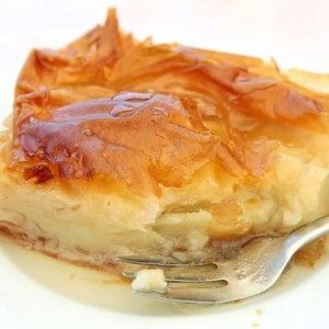 Sweet milky pie (Galaktoboureko). Find the recipe. http://www.icookgreek.com/en/recipes/item/sweet-milky-pie