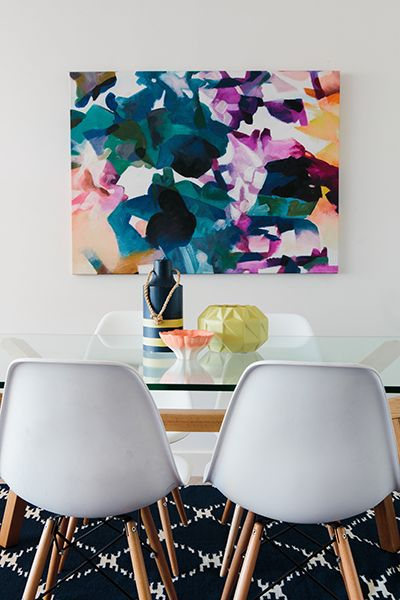 Rushcutters Bay Apartment - Emma Blomfield Interior Stylist Sydney. Dining Room. Glass Table. White Chairs. Table Decor. Vases. Black Diamond Rug.