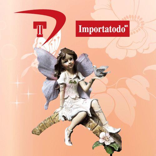 Figura decorativa Hada en Tronca elaborada en Poliresina marca TRENTINO. Modelo 45-633