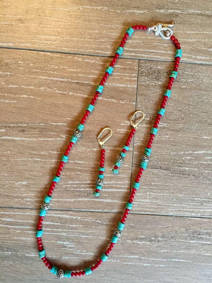 Turquoise and coral Handmade necklace. Collana fatta a mano con turchese e corallo