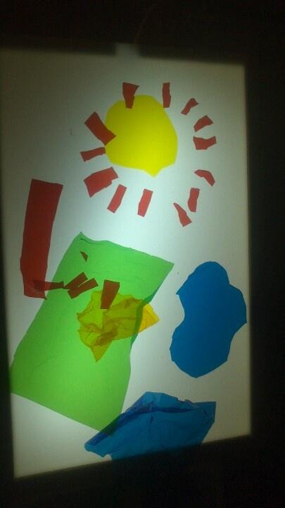 Art amb la taula de llum