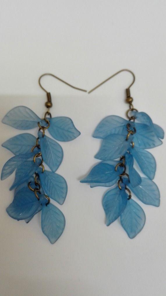 Boucles d'oreilles  grappes- bronze- perles feuilles -bleu -7.5cm