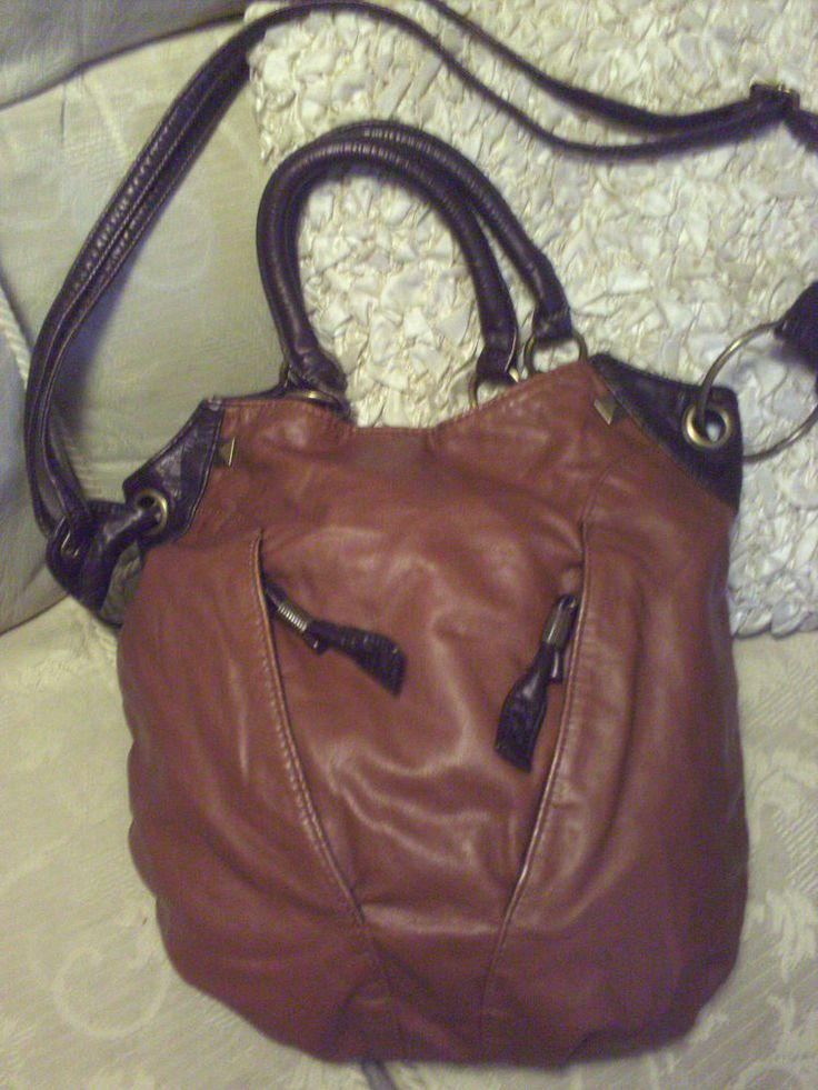 Ladies Bag by Bueno Shoulder or Hand Bag, Beautifully Soft, Large & Roomy NEW