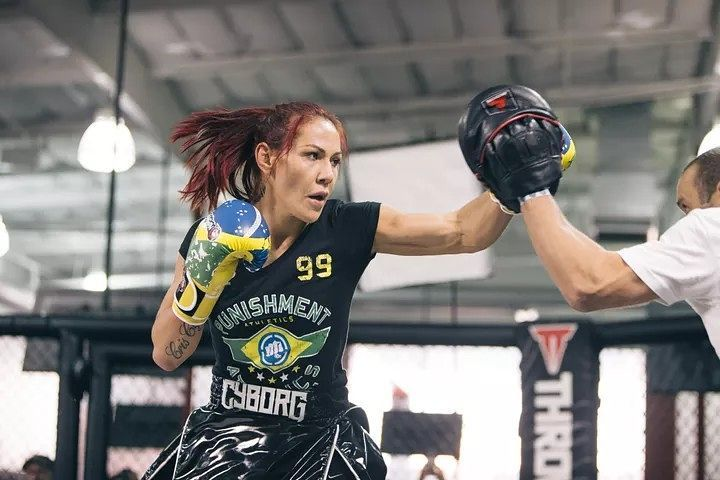 Former Invicta featherweight champion and MMA Legend Cris Cyborg is calling for the UFC to book her next fight soon or release her.  She was recently officially signed by the UFC just months ago also vacating her featherweight belt at Invicta . do MMA fans think she is moving too fast or do you think that she is right on track asking for a fight that she wants?  http://ift.tt/2h35XMu  #mma news #ufc news #bjj #bjjgirls #love #instagood #mmahypewatch #conormcgregor #rondarousey #ronda rousey…