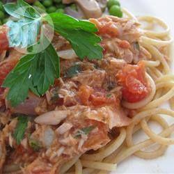 Foto da receita: Espaguete com atum e alcaparras
