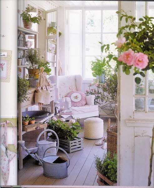 371 best images about shabby chic gardens porches on for Decoration jardin shabby