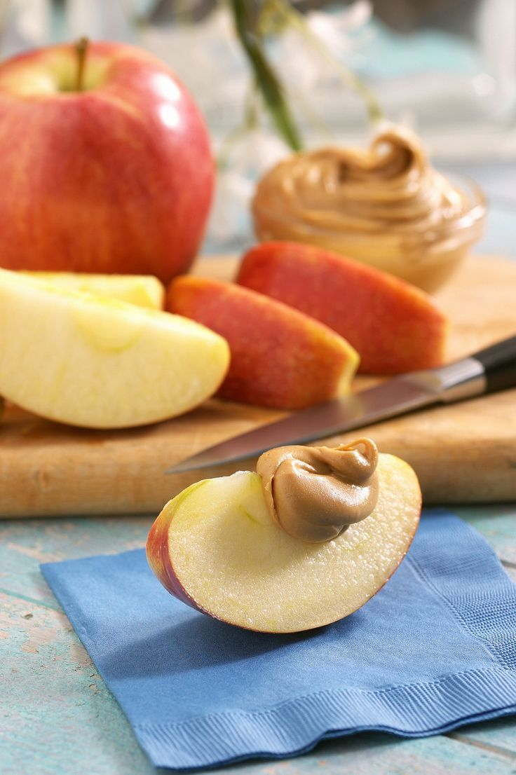 Healthy Snacks for Runners Read more in http://natureandhealth.net/