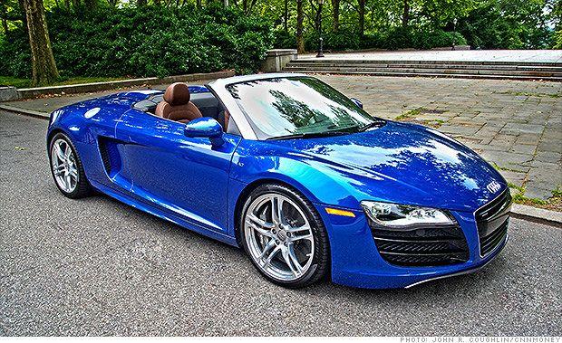 #Audi R8 V-10 has a 525-horsepower 5.2-liter V-10 engine.