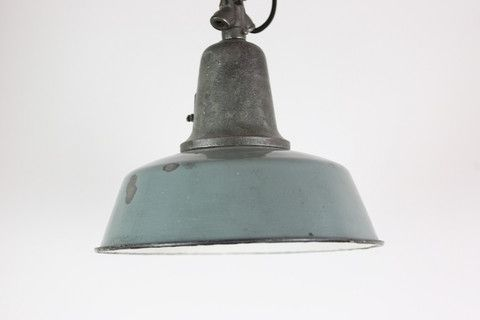 Iron top industrial lamp