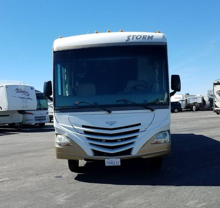 2012 Fleetwood Storm 28f for sale by Owner Simi valley