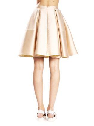 Les 106 meilleures images propos de robe t moin tenues for Robes de mariage double baie