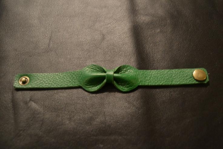 bracelet noeud en cuir vert canard