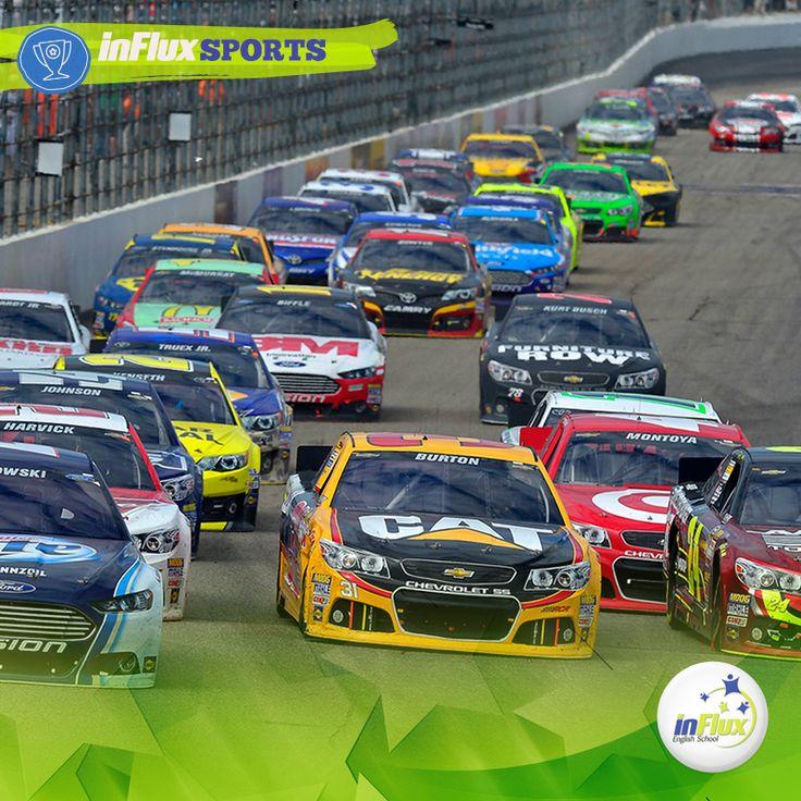 """Uma das corridas mais conhecidas no mundo automobilístico é a NASCAR, que significa """"National Association for Stock Car Auto Racing"""". Uma frase muito conhecida entre os fãs do automobilismo é: """"Ladies and gentlemen, start your engines!"""" – que quer dizer: """"Senhoras e senhores, liguem os motores!"""""""