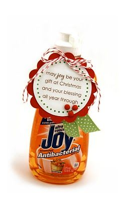 More easy, fun neighbor gifts (with cute tags to go with each)