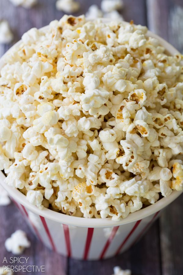 Homemade Kettle Corn Recipe via @spicyperspectiv