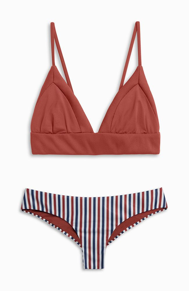 MIX + M I N G L E || Dana the Delinquent Top in FLAG + Clairee the Criminal Bottoms in YANKEE