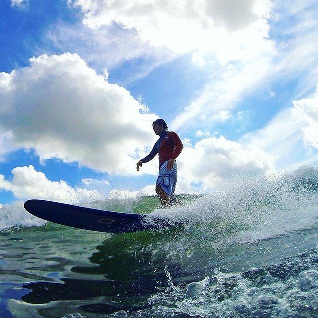 【snipe_sports】さんのInstagramをピンしています。 《Summer is back🌞 青空の下で自由に滑走する喜び。 何ものにも代えられない時間。 ___ Live life on sunny side✨ #cocosunshine #sunscreen #watersports #lifesaving #sup #surfing #snipesports #skincare #ココサンシャイン #日焼け止め スキンケア #マリンスポーツ #サーフィン #ライフセービング #トライアスロン #海》