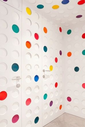 The Pantone Hotel #interior #design okt.to/hOS8mV