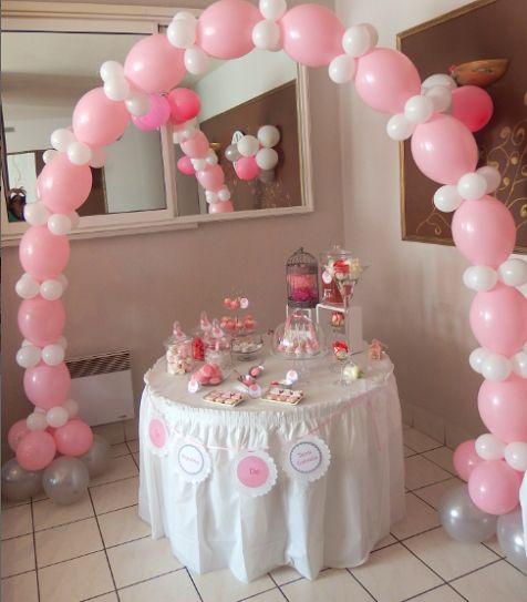 Le bapt�me traditionnel de Ta�ssa Gabriela en rose et blanc
