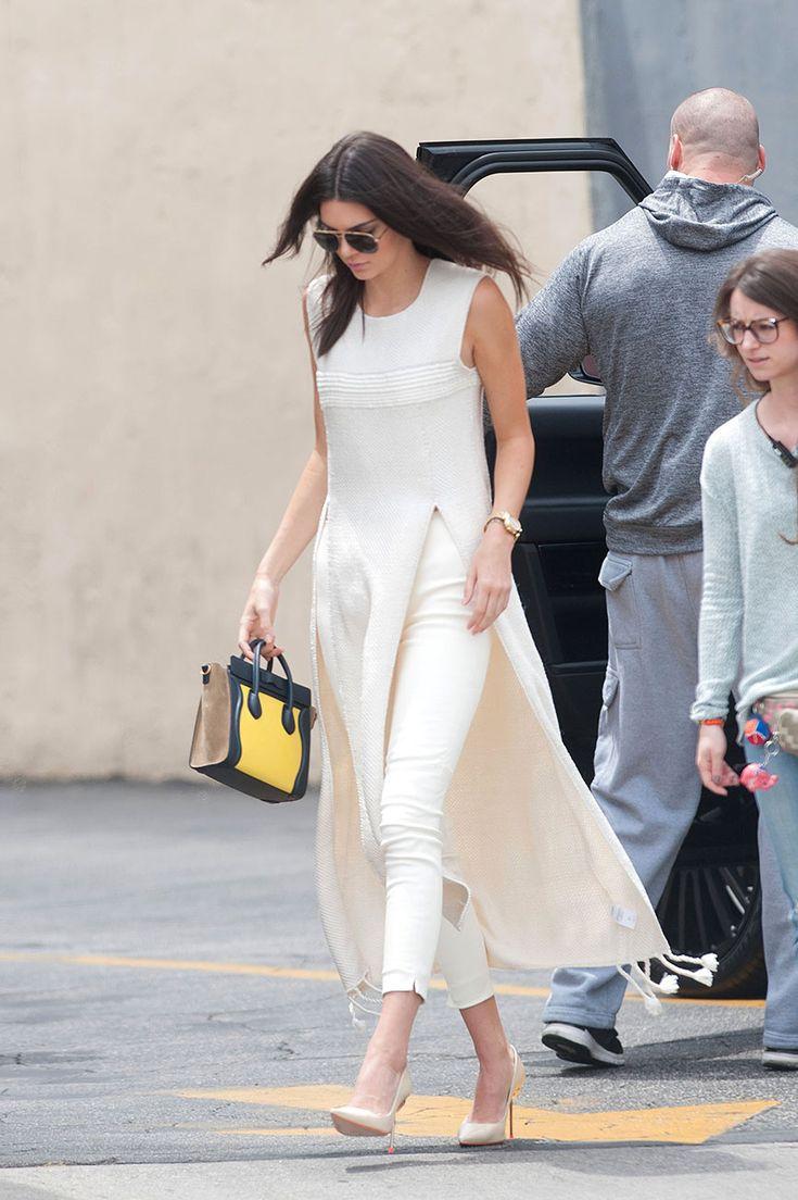 Kendall Jenner en blanco total