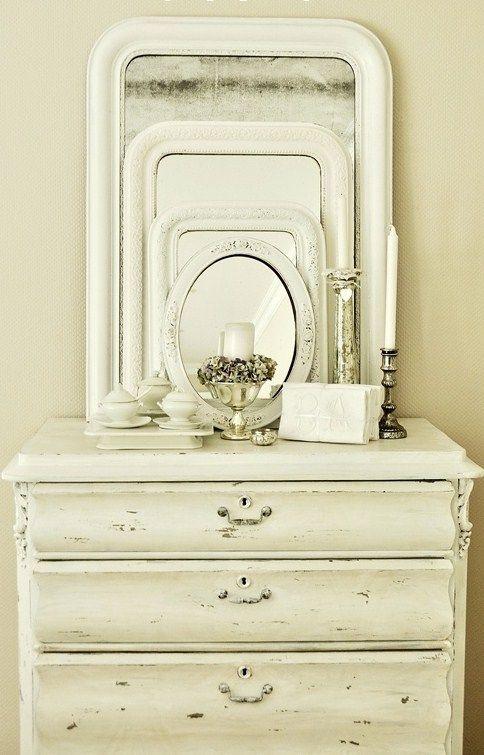 Cottage ● White Painted Dresser