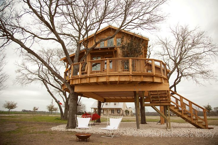 Nelson Treehouse and Supply: Farmhouse Treehouse