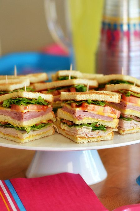 Club Sandwiches and Family Night with Dixie Ultra Moments®