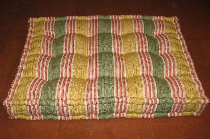Oltre 1000 idee su materasso cuscino su pinterest letti for Cuscini materasso arredo