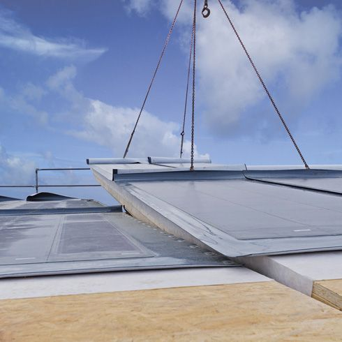 Photovoltaik-Module statt Dacheindeckung: Mit diesen Dünnschicht-Modulen kann Solarstrom erzeugt werden