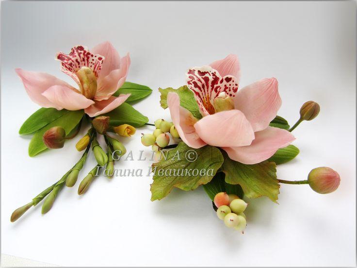 Свадебный комплект Орхидеи- браслет и бутоньерка. Размер орхидей 6-7 см.