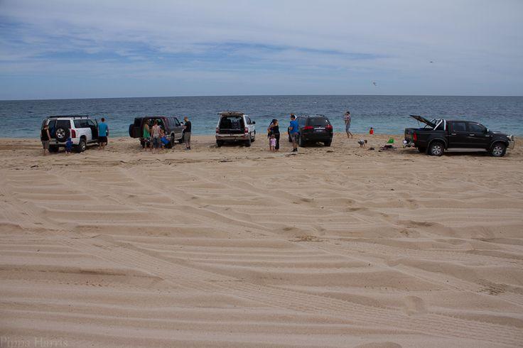 Beach Four Wheel Driving: Av ISO 100 f/5.6 1/1250 18mm