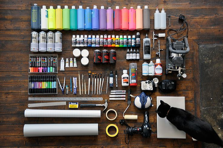 What artists and designers need - except that black cat.