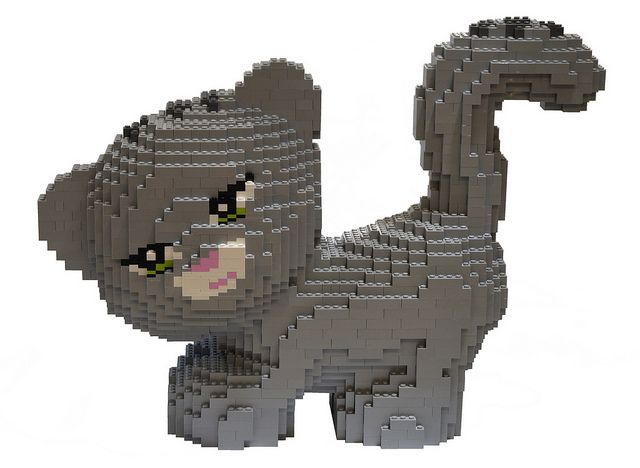LEGO Friends cat, via Flickr.... Very cute... Going to have to bring this up to Aaliyah... She would love it.... -Hailey