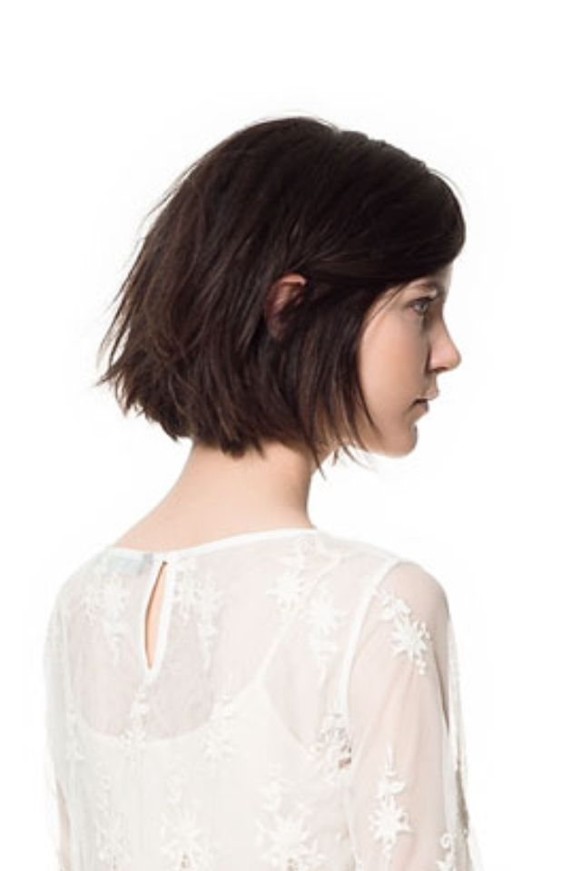 chin lenght cut - slightly mess bob ---> This is the type of haircut I want!!!