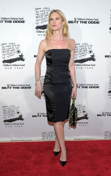 Stephanie March Photos - Actress Stephanie March attends the 20th Anniversary Celebration of the Children's Defense Fund's Beat the Odds Program at Guastavino's on December 6, 2010 in New York City. - 20th Anniversary Celebration Of The Children's Defense Fund's Beat The Odds Program - Arrivals