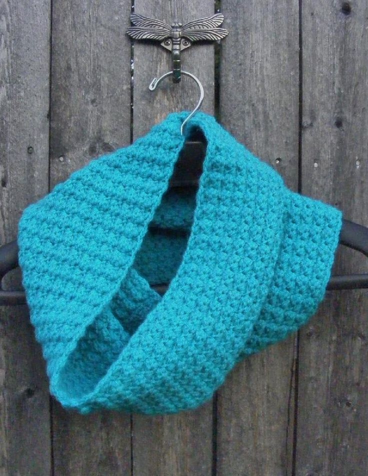 this cowl can be made with any yarn and hook depending on the thickness and