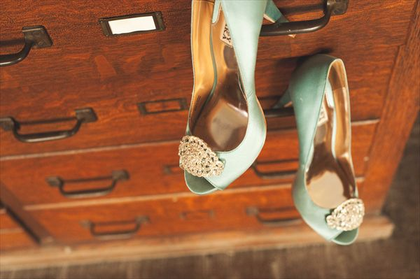 My something blue. Badgley Mischka Nile Blue Dream Shoes. @Color Photo did such an incredible job capturing the little things.